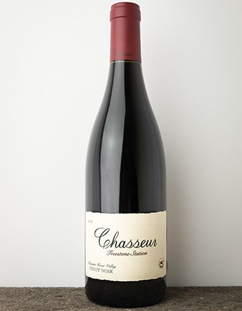 2014 Chasseur Freestone Station Pinot Noir